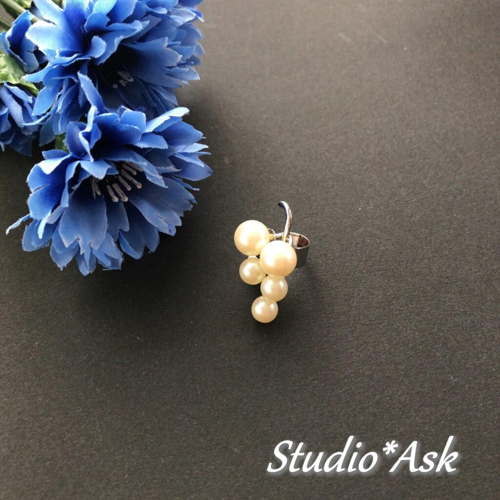 本物の真珠をリメイクでイヤーカフスにしました